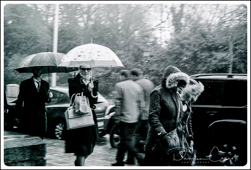 Street Photography of a rainey day in Dubin
